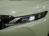 ハリアー 2.0 プレミアム 4WD 禁煙 純正9型ナビ ハーフレザー LED