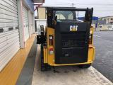 CAT コンパクトトラックローダー 稼働220時間の超優良車両