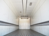 ファイター 冷蔵冷凍車 造りボデー 寒冷地仕様 270馬力
