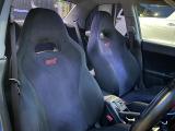 シートは純正ですが、バケットシートへの変更も承ります♪あえての純正もすごく素敵ではありますが・・・迷いますね(≧v≦)