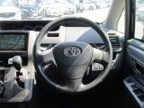 トヨタ ヴォクシー 2.0 ZS 4WD