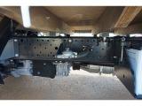 燃料タンク100L シャーシは 錆止め/マフラー塗装 仕上げに力を入れています。
