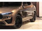 レヴァンテ S 4WD グランスポーツ ゼニア・ペレッテスータ