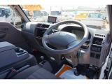 ボンゴバン 1.8 DX 低床 ハイルーフ 4WD 1t 2人乗り 5ドア ガソリン