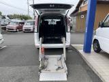 セレナ  福祉車 チェアキャブ 4WD リフト仕様