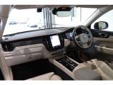 XC60 T5 AWD インスクリプション 4WD インテリセーフ