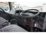 エルフ 3.0 ワイド ロング フルフラットロー ディーゼル 4WD 2t 平ボディ