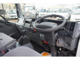 エルフ 3.0 ロング フルフラットロー ディーゼル 2t 標準ロング 平ボディ 新免許対応車