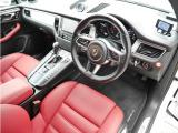マカン GTS PDK 4WD 18wayシート ベンチレーションシート