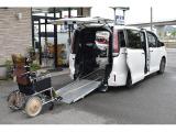 トヨタ エスクァイア 2.0 Xi ウェルキャブ スロープタイプ タイプI 車いす2脚仕様車