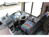 リエッセ  16人乗りバス