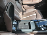 A8 4.0 TFSI クワトロ 4WD デザインセレクション スターター付