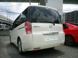 ステップワゴン 2.0 L 1オーナー 禁煙車 後席モニター 両自動