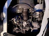エンジンは1500CC です。決して速い車ではありませんが、十分なパワーがあり走りも満足。