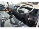 フォワード 冷凍車 2.6t ワイドベッド付 低温 格納PG