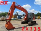 日立 油圧ショベル ZX135US 共用配管付
