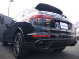 カイエン ターボ S ティプトロニックS 4WD スポーツクロノ PCCB 赤革 ドラレコ