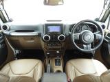 ジープ・ラングラーアンリミテッド サハラ 4WD 茶革シート リフトアップ 社外カスタム
