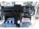 ジムニー XG 4WD 白 5MT