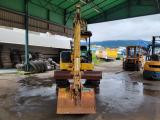 コマツ 油圧ショベル 0.9t吊アワーメーター2672.1h