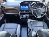 エスクァイアハイブリッド 1.8 Gi 後席モニター付き広い室内空間が魅力的