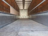 ギガ ウィング 積載13.7t フルハーフ 4軸低床