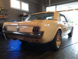マスタング  1965年モデル V8 バイナルトップ