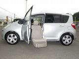 トヨタ ラクティス 1.5 G ウェルキャブ 助手席リフトアップシート車 Bタイプ