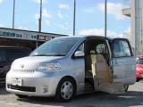 トヨタ イスト 1.5 150G ウェルキャブ 助手席リフトアップシート車 Aタイプ