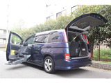 トヨタ アイシス 1.8 プラタナ ウェルキャブ 助手席リフトアップシート車 Bタイプ