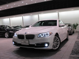BMW 528i ラグジュアリー
