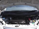 エンジンからオイル漏れ・異音などなく、エンジン・オートマ・エアコン・パワステなど機関問題なく調子いいですよー。