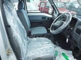 5速マニュアル4WDのサンバーディアスバン入庫しました!キーレス・ABS・