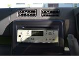 オーディオは、CD、AM・FMラジオ、AUX端子対応です。