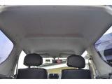 車高が高いため縦の空間は十分ございます。