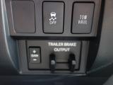 電磁ブレーキも搭載されておりますので牽引される方は便利です