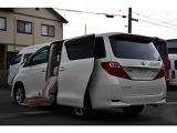 トヨタ アルファード 2.4 240X サイドリフトアップシート装着車 4WD