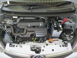 綺麗に整備されたエンジンルームです。
