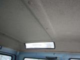 天井にはめ込み式の小窓が付いています!