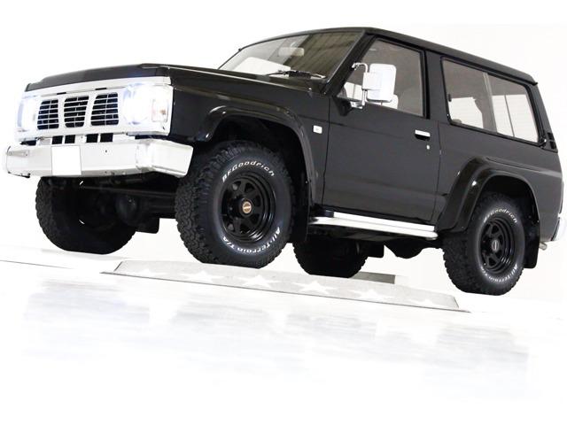 日産 サファリ 4.2 ハードトップグランロード ディーゼルターボ 4WD ウッドステアリング ハード背面タイヤカバ