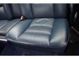 助手席側リアシート座面綺麗です。助手席側リア内張り綺麗です。