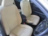 トヨタ高品質Car洗浄『まるまるクリン』施工済。シートを全部外して車内をクリーニングしてます。