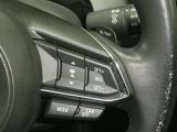 前走車の車間を判断し速度を落としたりブレーキ制御してくれる。これを実現しているのがミリ波レーダーで車間を感知し速度制御します。