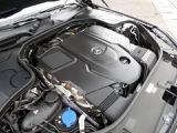 ◆3.0L 直列6気筒DOHCディーゼルエンジン+ターボ ◆340ps/4,400rpm:71.4kgm/3,200rpm(カタログ値)