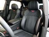 フロントシートにはシートヒーター・ベンチレーション、マッサージ機能が装着されており快適にお過ごしいただけます。