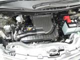 エンジンルームの汚れも綺麗にクリーニング!エンジンルームが綺麗ですと、不具合の発見もし易く、コンディションのチェックや維持の面でとってもプラスです!
