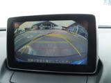 バックカメラはマーカー付で駐車時には安心して操作出来ます。