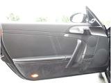 エムワンカーファクトリー過去販売車両です!今回、買取車として再び当社に入庫しました!程度良好です!人気モデルです!是非ご検討下さい!インテリアはブラックレザーインテリアです!