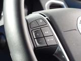 アダプティブクルーズコントロール:交通の流れに合わせて、加速、走行、減速、停止まで自動でコントロール。高速道路や渋滞などでも、設定した速度と車間距離を自動的にキープします。