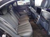 『全席が主役席』となっておりますので、後部座席も快適な乗り心地でございます。まずは実際に乗って頂き、お確かめ下さいませ。